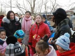 情暖冬日,爱在你身旁,弘博学校为残障儿童送温暖